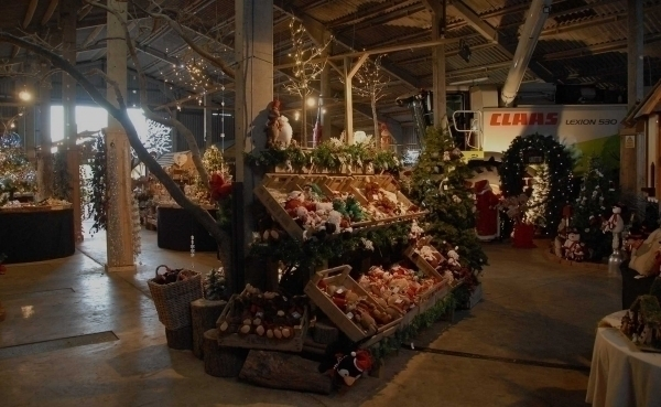 Grange Farm Christmas Barn